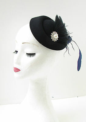 Black Navy Blue White Feather Pillbox Hat Fascinator Vintage Races Headpiece 9AD