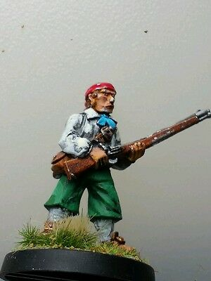 Thief rogue pirate robber metal figure unknown maker pre-slotta foundry? rifle A