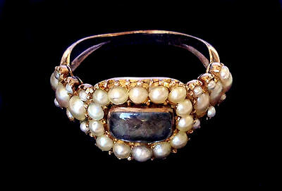 GEORGIAN 15ct GOLD RING Seed Pearl Plaited Hair Crystal Memory Death Mourning