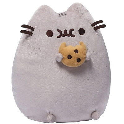 "NEW OFFICIAL GUND Pusheen with Cookie 9"" Plush Soft Toy 4048870"