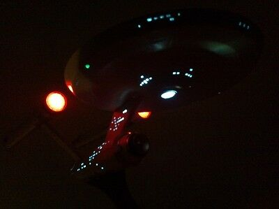 Star Trek Basis LED Beleuchtungsset NCC 1701 Enterprise TOS Revell