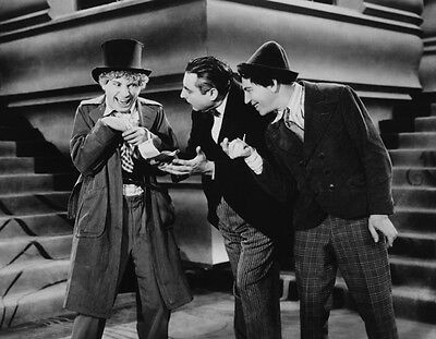 The Marx Brothers UNSIGNED photo - B2576 - Animal Crackers