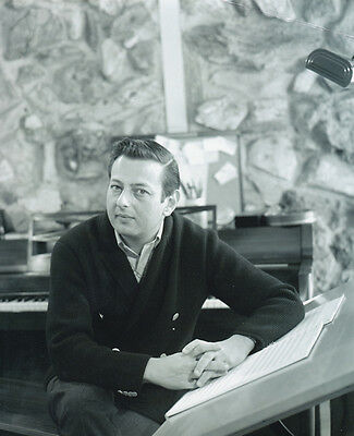 Andre Previn Unsigned Photo - 1042 - Pianist, Conductor And Composer