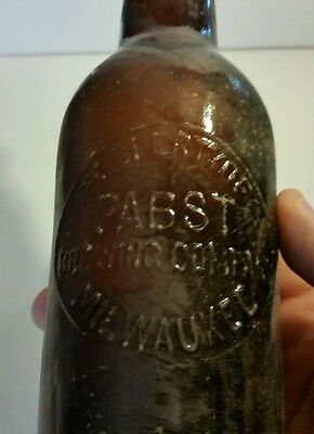 Antique Pabst Brewery Milwaukee Wisconsin Beer Bottle Vintage Blob Top Barwear