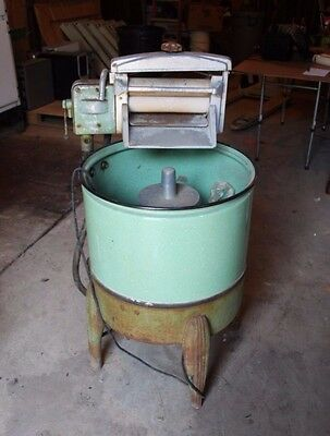 Antique Easy Washer - Washing Machine Electric - WORKS!