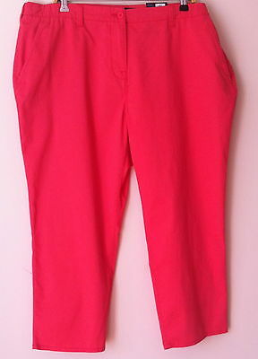 Ex Bnwt Marks & Spencer Cotton With Stretch Crop  Size 20M