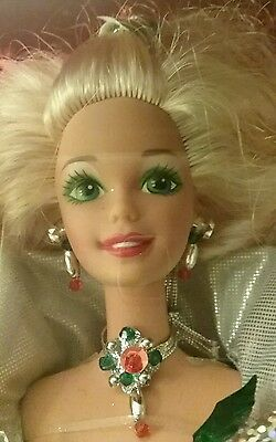 1995 HAPPY HOLIDAYS Barbie Doll Special Edition Long Blonde Hair #14123 NRFB