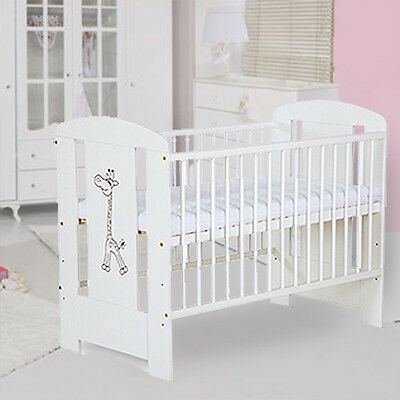 BABY COT GIRAFFE WHITE CLASSIC LUXURY BRAND NEW WITH FOAM MATTRESS 120 x 60 cm