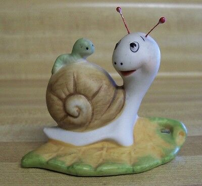 HOMCO Smiling SNAIL FIGURINE Porcelain Worm on his Shell Home Interiors 8902