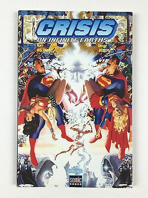 Comics Crisis On Infinite Earths N°1 / Collection Semic Books DC / Octobre 2001
