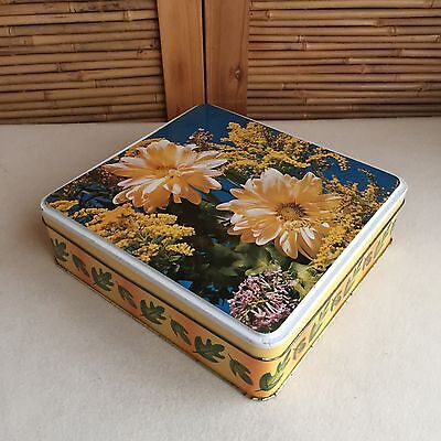 Collectable RETRO Vintage GOLDEN Chrysanthenum FLOWERS Rectangular BISCUIT Tin