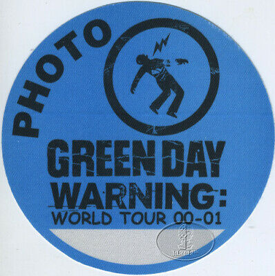 GREEN DAY 2000-2001 BACKSTAGE PASS Photo blue
