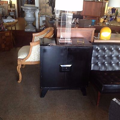 Pair Black Lacquer Side Tables Or Nightstands Mid-Century Modern