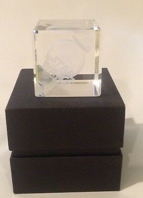 2015 disney cast memeber exclusive star wars bb8 commemorative crystal