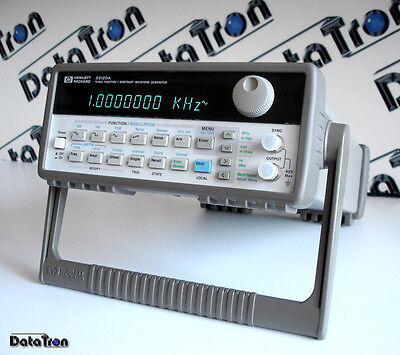 HP Agilent 33120A Function / Arbitrary waveform generator 15 MHz