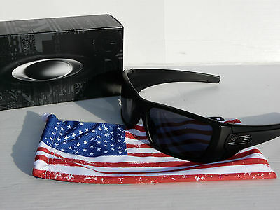 NEW! OAKLEY SI FUEL CELL Sunglasses Matte Black / Grey USA Military OO9096-29