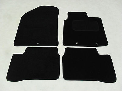 Kia Picanto 2011-2017 Fully Tailored Deluxe Car Mats in Black.