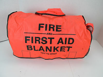 Fire and First Aid Blanket Orange Bag 76 x 56 Quick Access Safety Protection CS