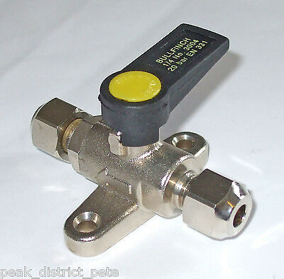 "BALL VALVE FOR GAS OR FLUID USE 1//2/""FEMALE BOTH ENDS RIV 1310 MOP 5-20600 PSI"