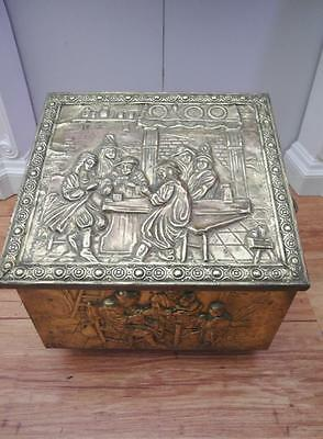 Vintage ANTIQUE Brass EMBOSSED Fire WOOD Box CHEST with Coal INSERT Adelaide
