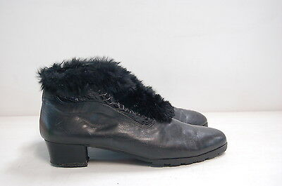 Size 42 Vintage Ladies Black rock grunge leather ankle boots with fur trim
