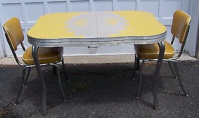 VINTAGE FORMICA TABLE in Yellow & Gray w/ 2 VINTAGE CHAIRS - 1950's - VGUC!