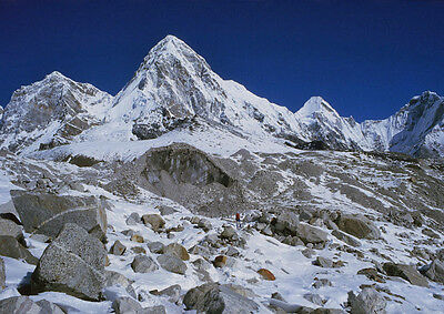Art print POSTER Pumori of the Everest Range in Nepal