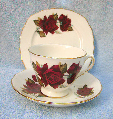 Vintage Royal Vale Bone China CSP Trio Cup saucer plate Shabby RED Roses