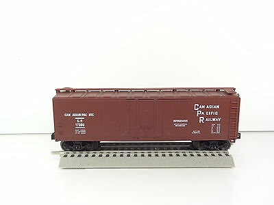 Lionel Standard O Scale Canadian Pacific CP Reefer 6-17300 NEW
