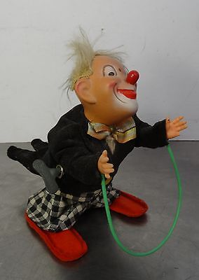 vintage wind up toy - Fa. Max Carl - Seilspringende lustige Clown Aufziehfigur