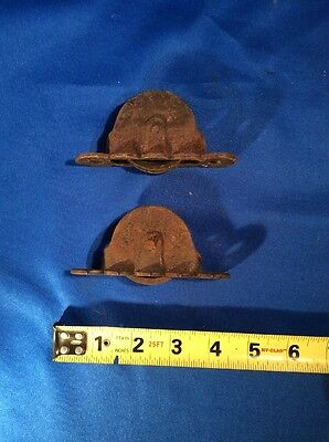 2 Antique Vtg Sash Pulleys Cast Iron Hardware Victorian Window Working