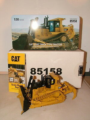 Diecast Masters No 85158 Caterpiller D10T Dozer on metal tracks New