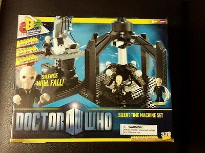 Character Building Doctor Who Silent Time Machine Set. Lego
