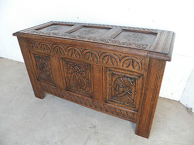 A Superb Late Victorian Golden Oak Carved 3 Panel Coffer Box