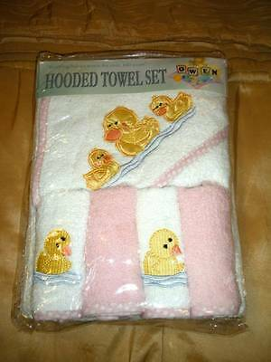 Owen 5 Piece Duck Hooded Towel & Washcloth Set