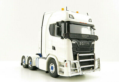Drake ZT09028 AUSTRALIAN Kenworth T909 with Drake Dolly & 4x8 Trailer DRAKE 1:50