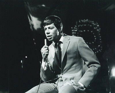 Bobby Goldsboro UNSIGNED photo - 1209 - American pop & country singer-songwriter