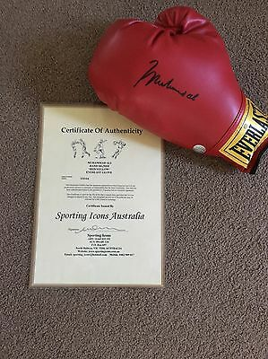 Muhammad Ali Signed Boxing Glove - SIZE 12 with COA *LOOK*