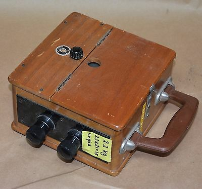 Vintage AMP Meter to 25 amps in wooden carry case