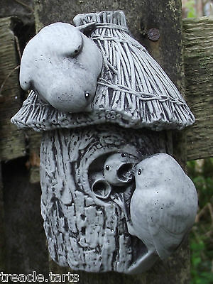 Small Bluetits Nesting Wall Plaque-Hand Cast Stone Garden Ornament - 8x7x12 cms