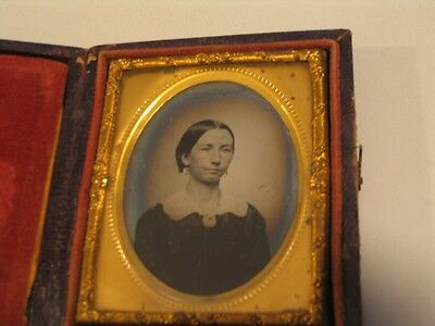 Pleasant Woman Ninth Plate Ambrotype Glass Photo cdii