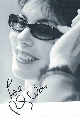 Ruby Wax Comedian Actress   Hand Signed Photograph  6 x 4 and Headed Letter