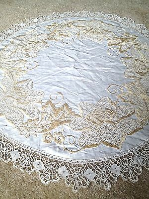 """Vintage White Yellow Silk Embroidered Crochet Lace round Tablecloth 38"""""""