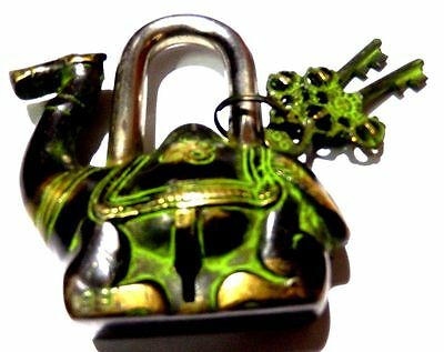 Brass Handcrafted Camel Shape Antique Vintage Repro Padlock With Unique Keys