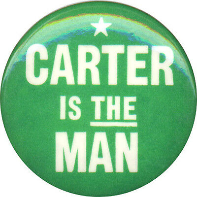 1976 Jimmy CARTER IS THE MAN Campaign Button (1079)