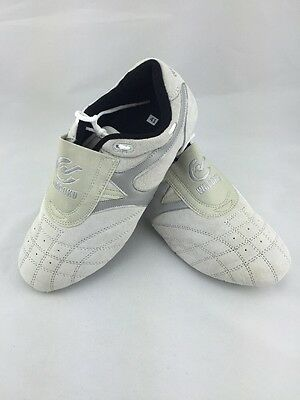 Size 42 UK 8 Suede Off White And Silver Martial Arts Shoes Trainers Wacoku