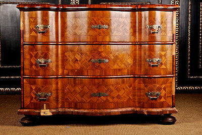 D-47 Original Baroque Kommode Baroque Chest of drawers Sideboard Cabinet um 1750