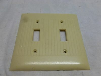 Vtg Art Deco Beige Bakelite Ribbed Double Light Switch Double Cover Plate
