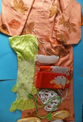 Stunning Vintage Japanese Women's Kimono with lots of Accessories & Footwear