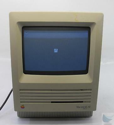 Vintage Apple Macintosh SE FDHD - M5011 + Keyboard & Mouse - $85.00
